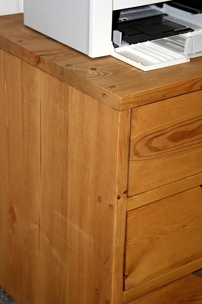 Rollcontainer Malmoe 50x61x50cm Vollholz rustikal antik gewachst – Bild 9