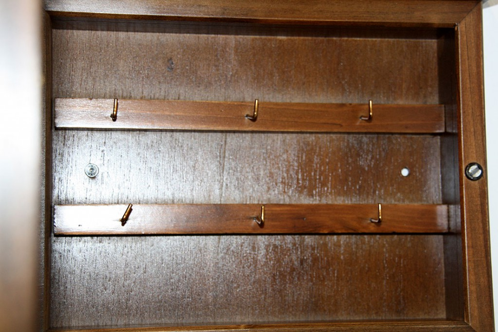 Schlüsselkasten Schlüsselbox Schlüsselschrank kolonial massiv Holz ...