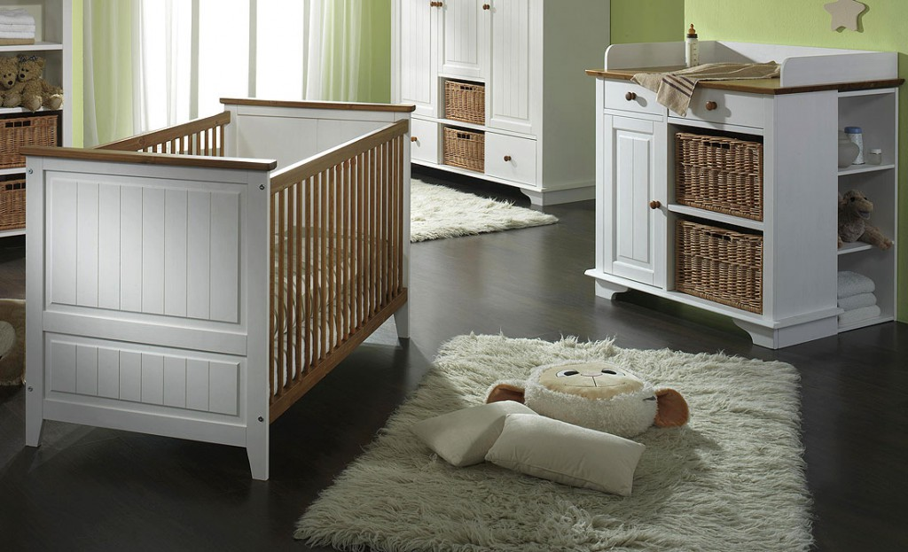 babybett wickelkommode unterbauregal wei honig kiefer massiv. Black Bedroom Furniture Sets. Home Design Ideas