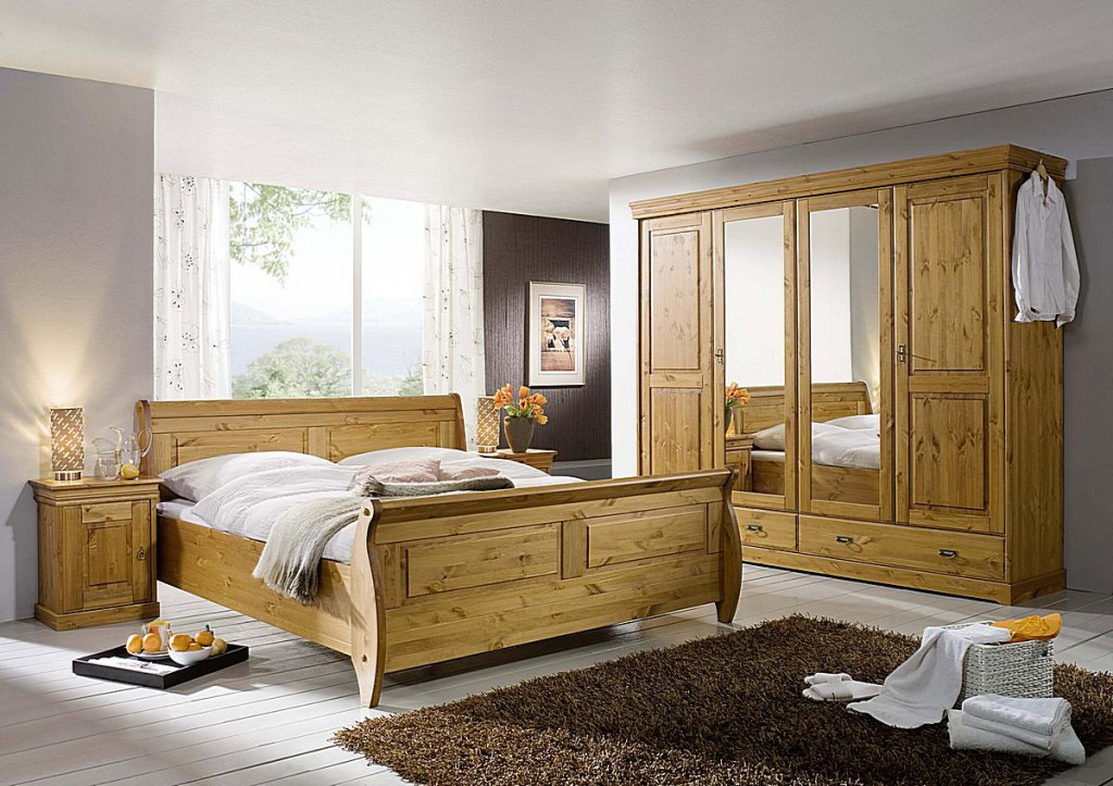 schlafzimmer set 4teilig kiefer massiv honigfarben lackiert. Black Bedroom Furniture Sets. Home Design Ideas