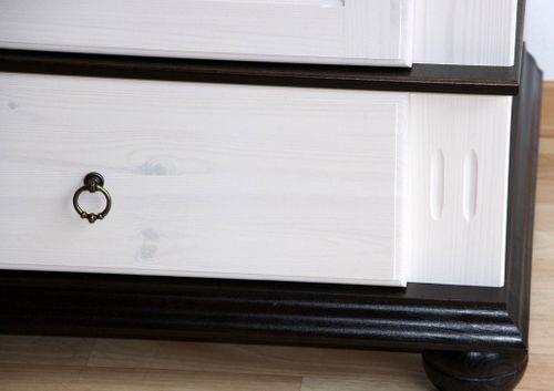 Kleiderschrank 3türig XL weiß antik Kiefer massiv Poarta – Bild 3