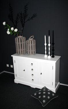 Kommode 120x81x38cm, 2 Türen, 4 Schubladen, Pappel massiv weiß lackiert