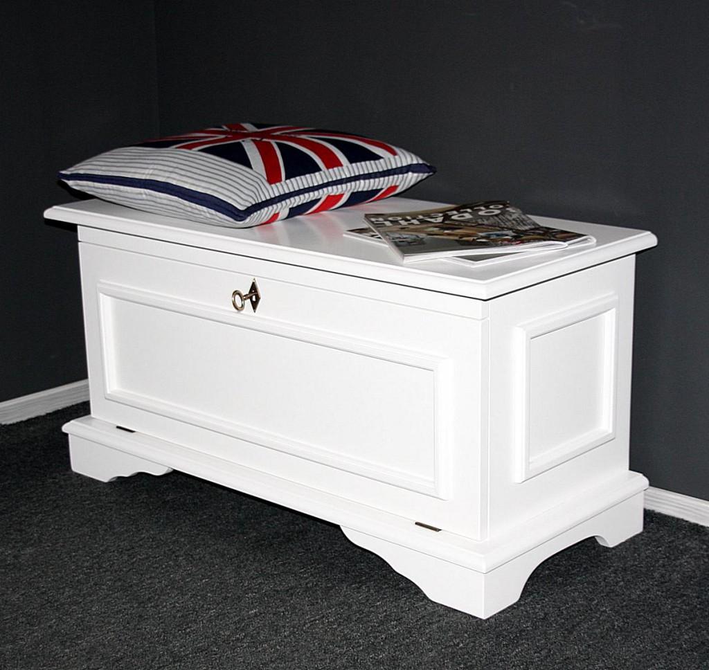 truhe 91x46x40cm mit klappe pappel massiv wei lackiert. Black Bedroom Furniture Sets. Home Design Ideas