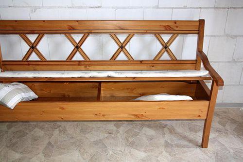 Sitzbank 180cm Truhenbank Kiefer goldbraun lackiert Holzbank mit Sitzkissen honigfarben – Bild 6