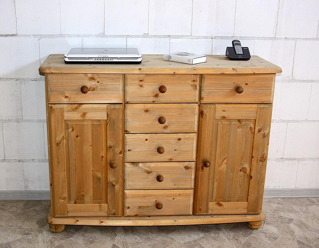 latest sideboard kiefer massiv gelaugt gelt vollholz schubladen tren with sideboard abgerundet