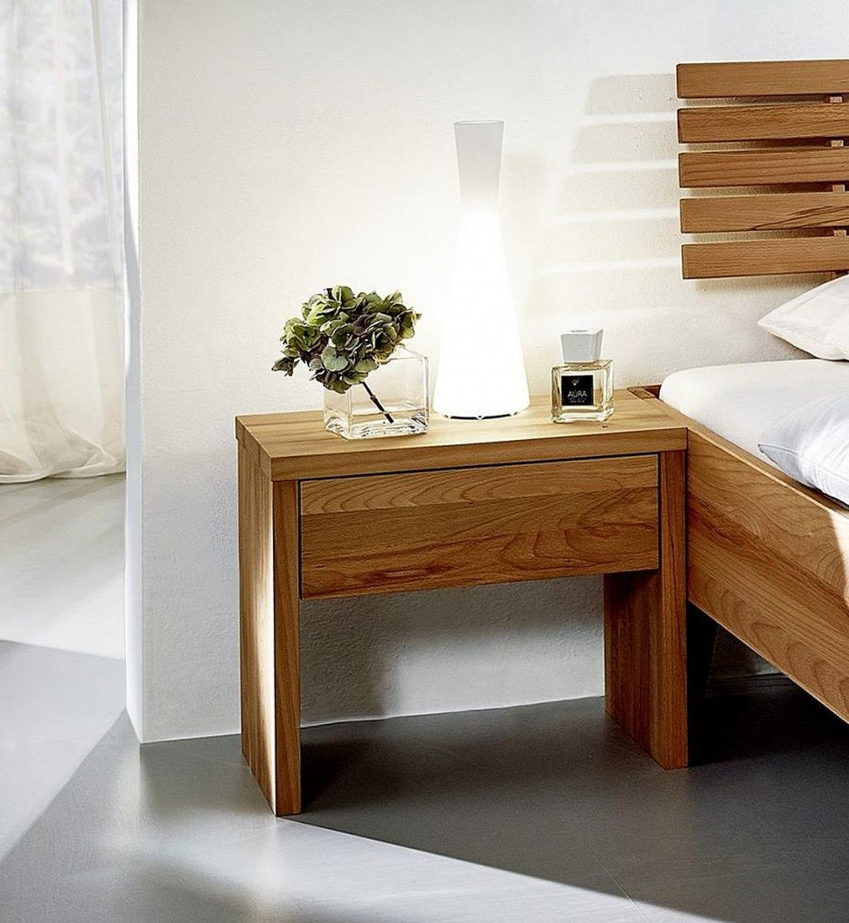 nachtkommode 50x45x36cm 1 schublade kernbuche massiv ge lt. Black Bedroom Furniture Sets. Home Design Ideas