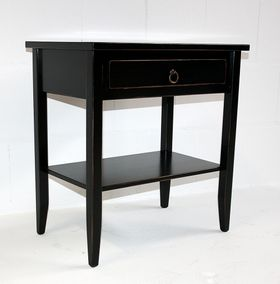 Beistelltisch 58x60x37cm, 1 Schublade, 1 Ablageboden, Pappel massiv schwarz antik lackiert