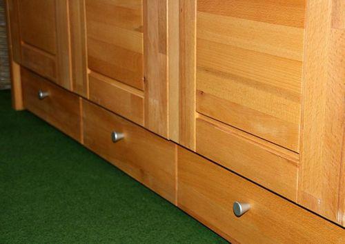 Schlafzimmerschrank 2türig Kernbuche Schrank mit Schubladen Vollholz massiv geölt Kleiderschrank – Bild 4