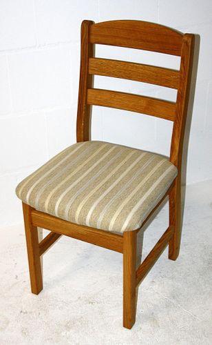 Stuhl mit Polstersitz Holzstuhl Wildeiche massiv geölt Polsterstuhl Stoff 36/742/1 – Bild 3