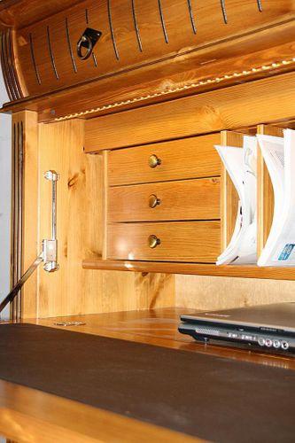 Sekretär mit Beleuchtung Kiefer Computerschrank goldbraun lackiert honigfarben – Bild 10
