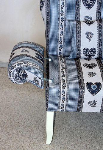 Landhaus Küchensofa Tischsofa mit Federkern Kissen und blauem Stoffbezug – Bild 8