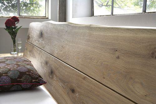 Massivholz Baumkanten-Doppelbett 200x200 Wildeiche Bianco geölt – Bild 2