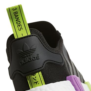 adidas Originals NMD_R1 Sneaker core black shock purple D96627 – Bild 3