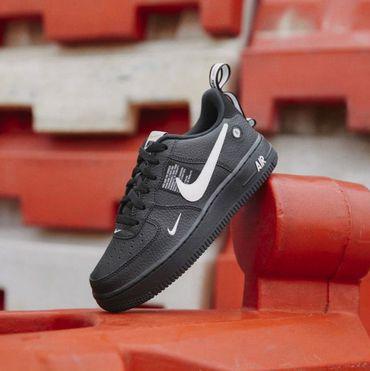 Nike Air Force 1 '07 LV8 Utility (GS) Sneaker schwarz weiß AR1708 001 – Bild 7