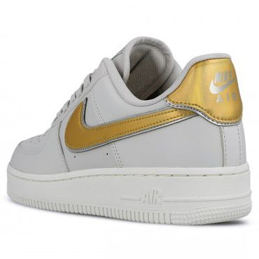 Nike Air Force 1 ' 07 Metallic Damen Sneaker vast grey metallic gold AR0642 001 – Bild 3