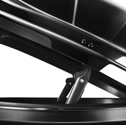 Dachbox Hapro Nordic 10.8 Brilliant Black - 460 Liter – Bild 6