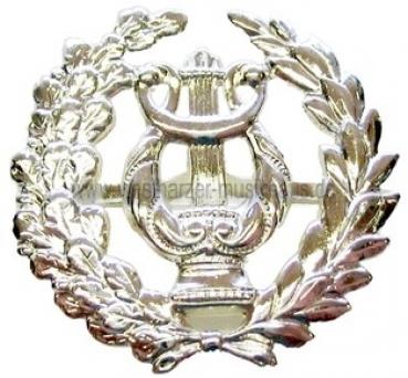 Metallabzeichen Lyra mit großem Kranz – Bild 1