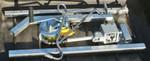 Mobile Aufbrech- und Zerwirkhilfe mit Gurtseilwinde und patentiertem Schnellverschluss