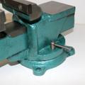 Schraubstock 125 mm breit Spannweite 125 mm mit Amboss Drehteller drehbar 007