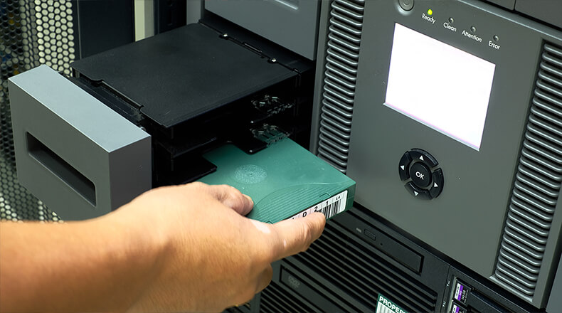 Tape Storage and Disk Storage Specialists - TOP TEN