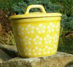 Lard pot with lid, ↑ 14 cm, 15 cm diameter, Polish pottery yellow, BSN J-973