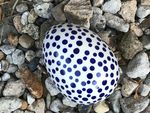 Tin as egg, 13 x 10 x 10 cm, Crazy Dots, BSN A-0316