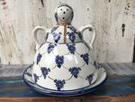 Cheese lady, 23 x 23 cm, Tradition 8 - polish pottery - BSN 5130