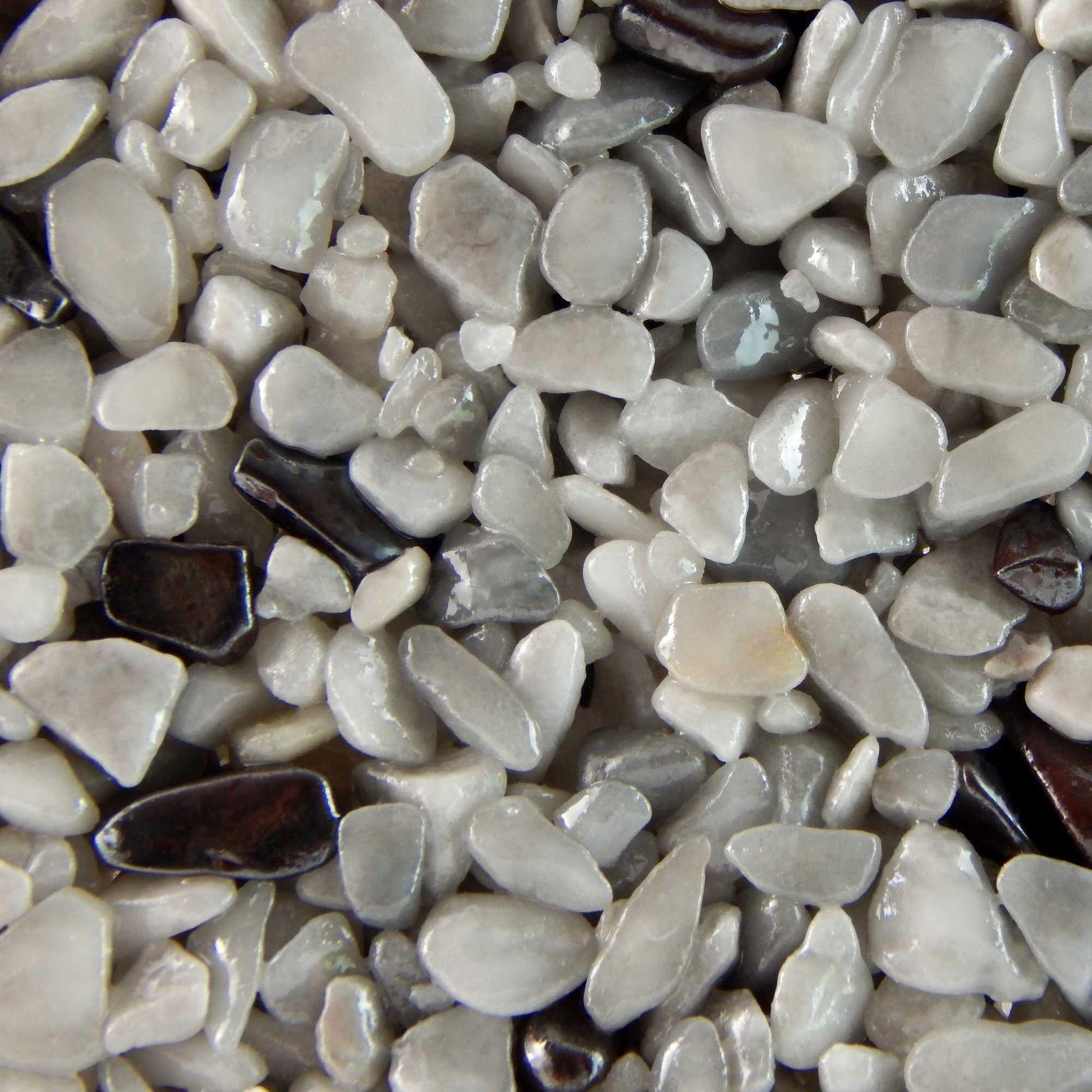 Terralith Edelsteinteppich Farbmuster - Hämatit / grau-