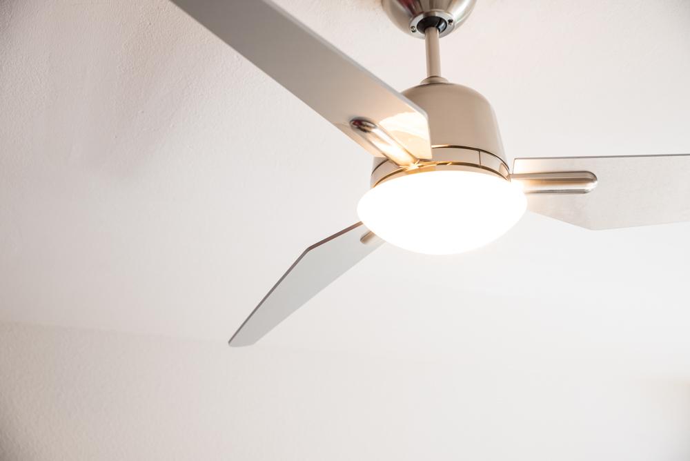 ceiling fan eco aviatos 132cm 52 bn blades silver. Black Bedroom Furniture Sets. Home Design Ideas