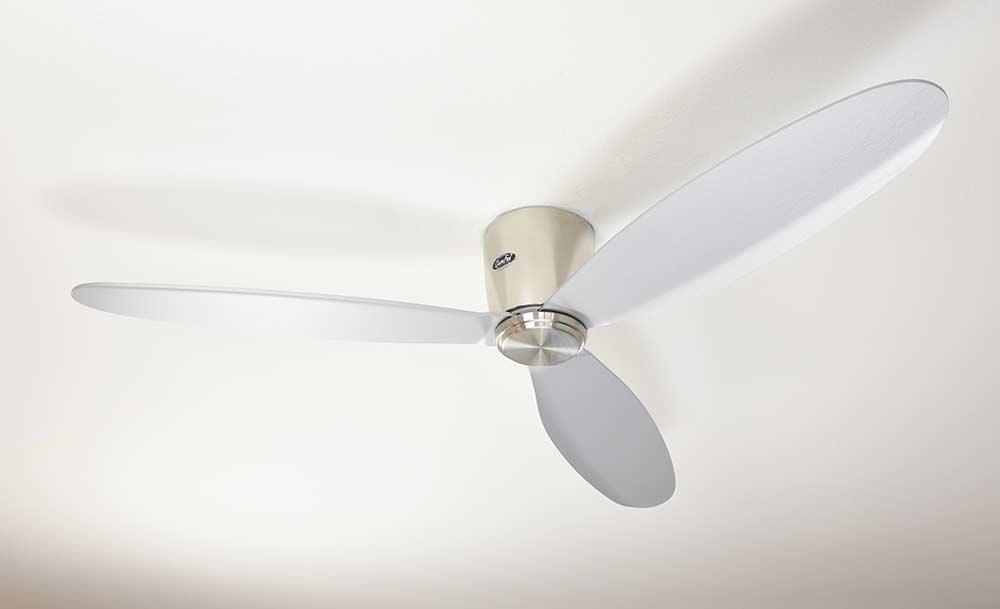 ventilateur de plafond basse consommation eco plano chrome. Black Bedroom Furniture Sets. Home Design Ideas
