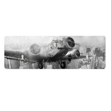 Wandgarderobe Junkers 52 schwarz weiß quer