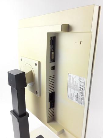 19 Zoll TFT Monitor Fujitsu Siemens Scenicview B19-5 VGA DVI Pivot vergilbt – Bild 3