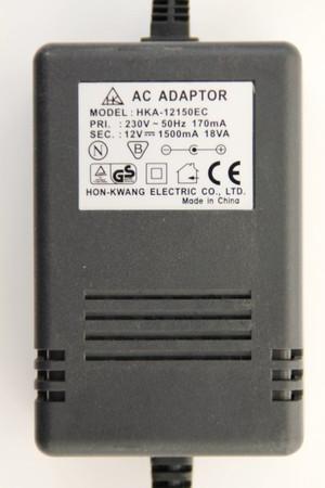 Hon-Kwang Netzteil HKA-12150EC AC Adapter 12V 1,5A 18VA Hohlstecker 5,5 x 2,1 für Dell AS501 AX510 – Bild 1