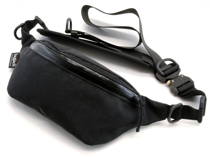 7e0eb8a755f Cobra buckle messenger bag jpg 800x599 Cobra buckle messenger bag