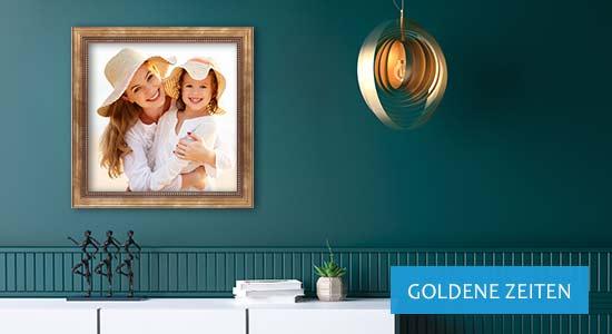 Goldene Wanddekoration