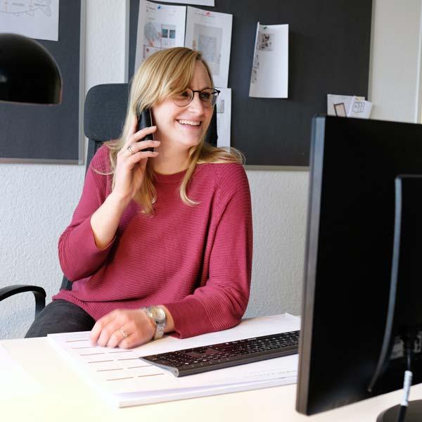 Photolini Mitarbeiterin im Kundenservice