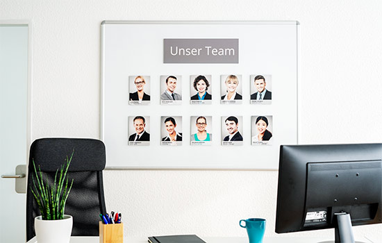 Mitarbeiter Fotowand Beispiel
