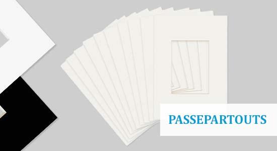 Passepartouts in weiß