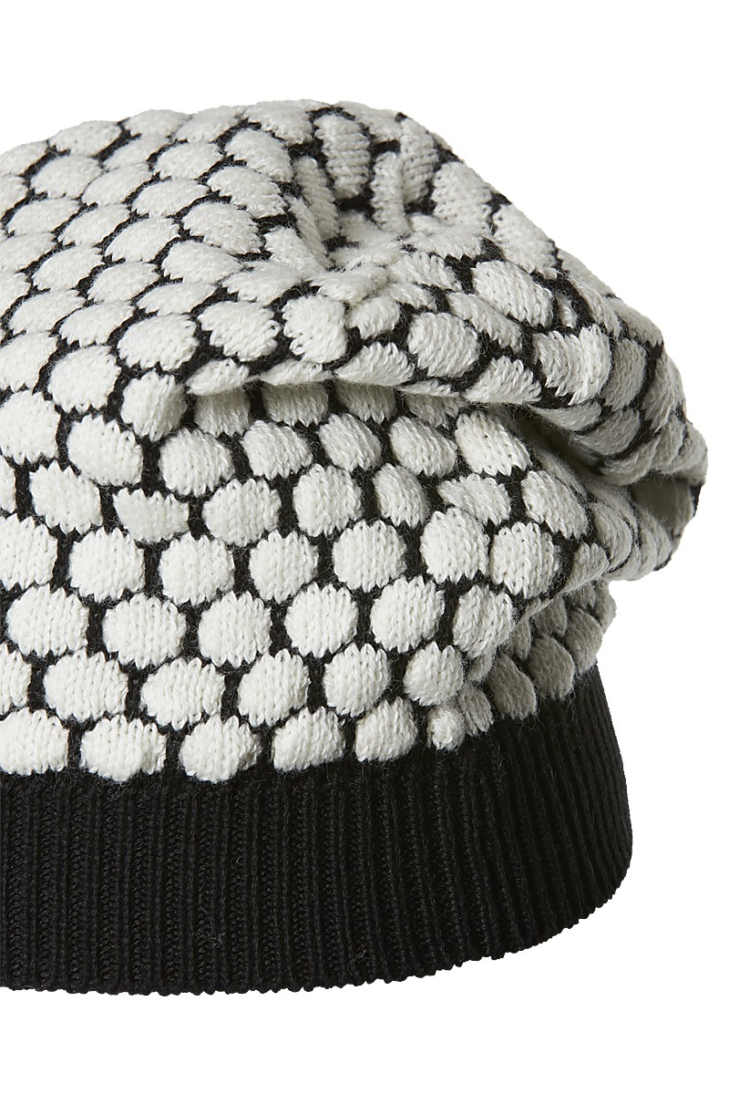 Beret beanie bubble knit