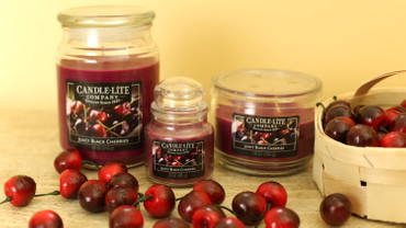Duftkerze Juicy Black Cherries – Bild 2