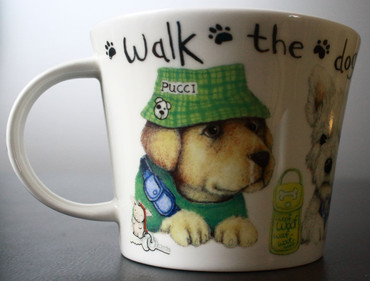 Roy Kirkham Frühstückstasse mit Untersetzer; Walk the dog – Bild 5
