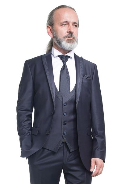 Three pieces groom suit in blue/black