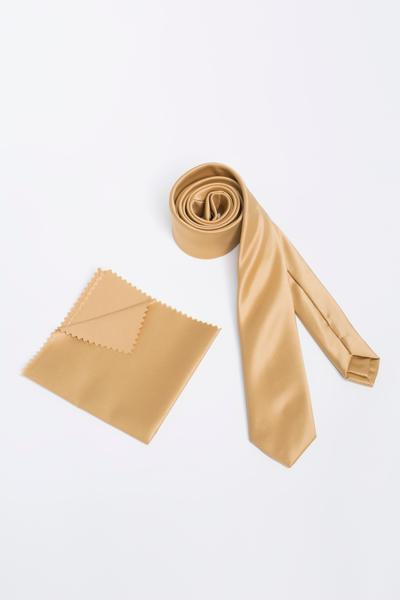 Traditional beige tie with uniform Pocket Square