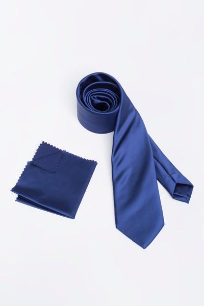 Stilvolle Basic-Krawatte mit spitzem Ende