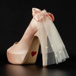 Platform peep toe with bow & veil
