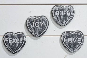 4 Stein- Herzen -Love - Joy - Peace - Hope- Shabby Landhaus 4er Set