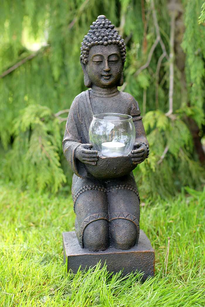 buddha figur skulptur gartenfigur dekofigur mit windlicht. Black Bedroom Furniture Sets. Home Design Ideas