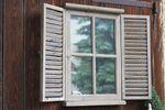 Wandspiegel Chase mit Fensterladen Holz Shabby Landhaus-Stil Spiegel