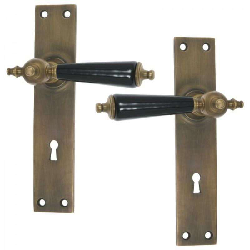 Buntbartgarnitur BB72 Langschildgarnitur als Türbeschläge für Zimmertüren.
