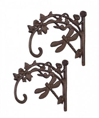 Garderobe Haken Set als rustikale Garderobe dekorativ durch antikes Design.